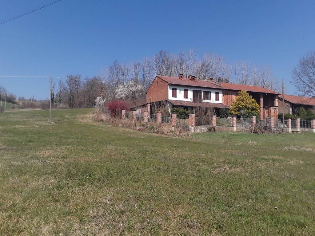 foto  Cascina regione Millefiori 16, Cantarana