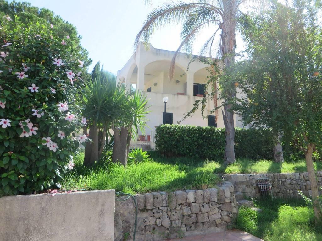 foto  Villa unifamiliare via Gallina, Avola