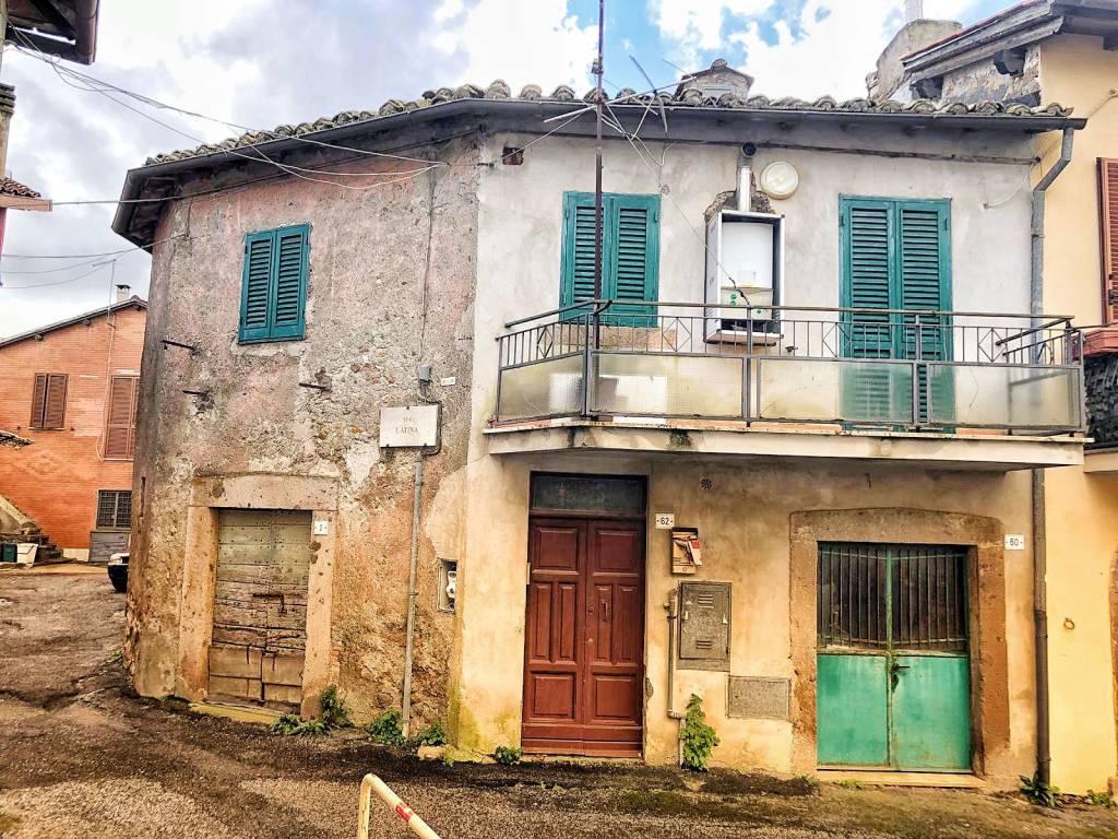 foto  2-room flat via Quadroni, Manziana