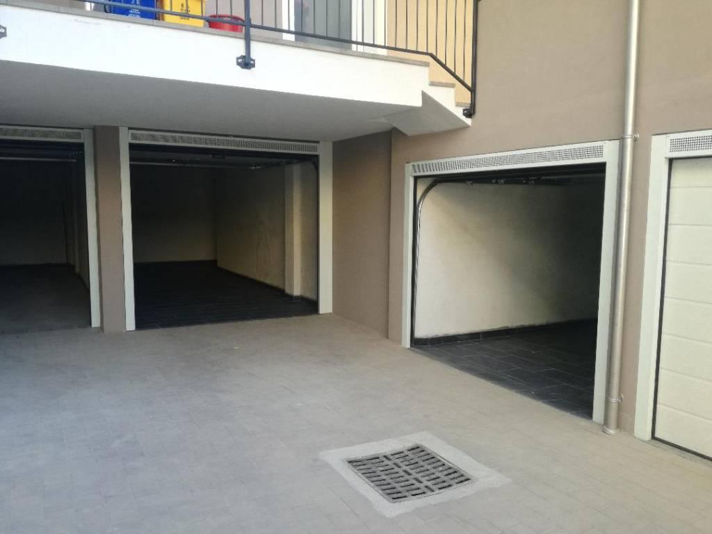 foto  Car box / Garage corso Giuseppe Romita 159, Busca