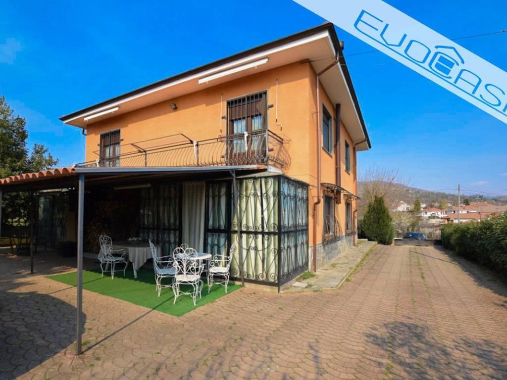 foto facciata Single family villa via Molarosso 43, Bricherasio