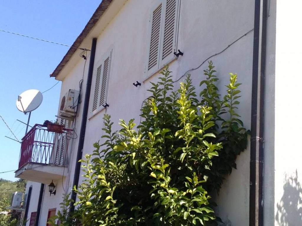 foto  Single family villa, good condition, 110 sq.m., San Pietro Infine