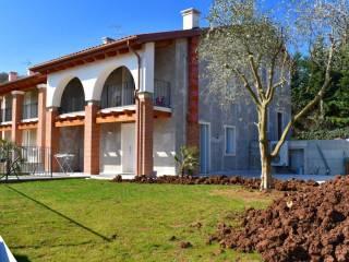 Photo - Terraced house via san benedetto, Trissino