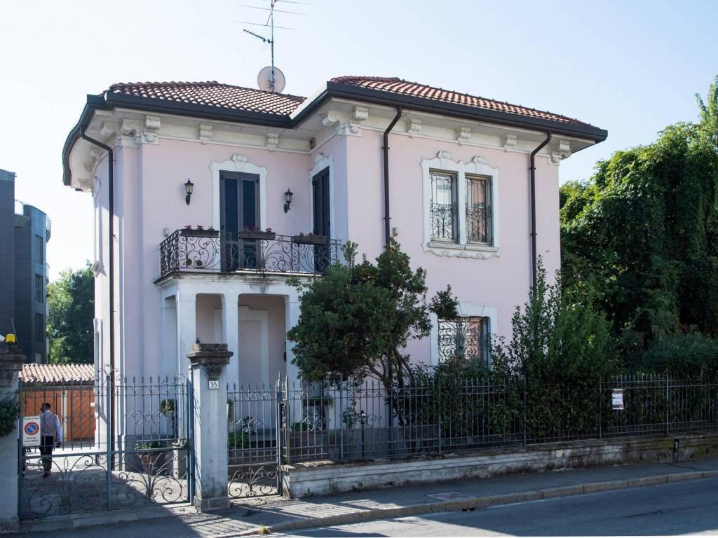 foto  Villa unifamiliare via Marsala 35, Monza