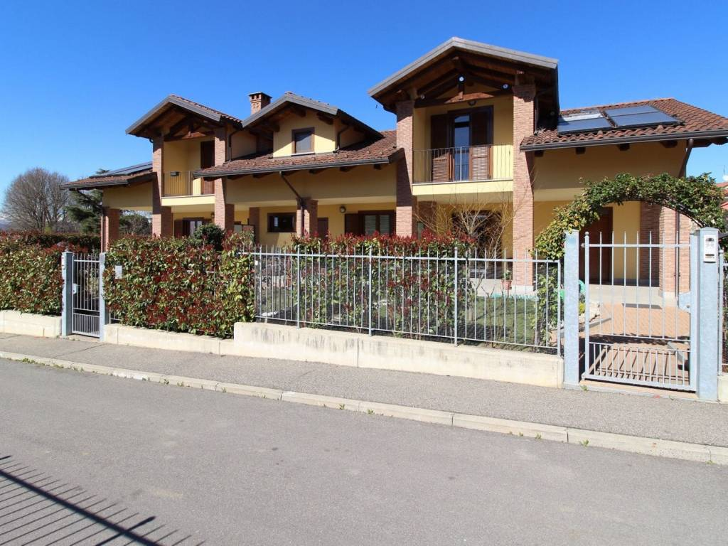 foto Esterno 1 Terraced house via Moncalvo, Riva Presso Chieri