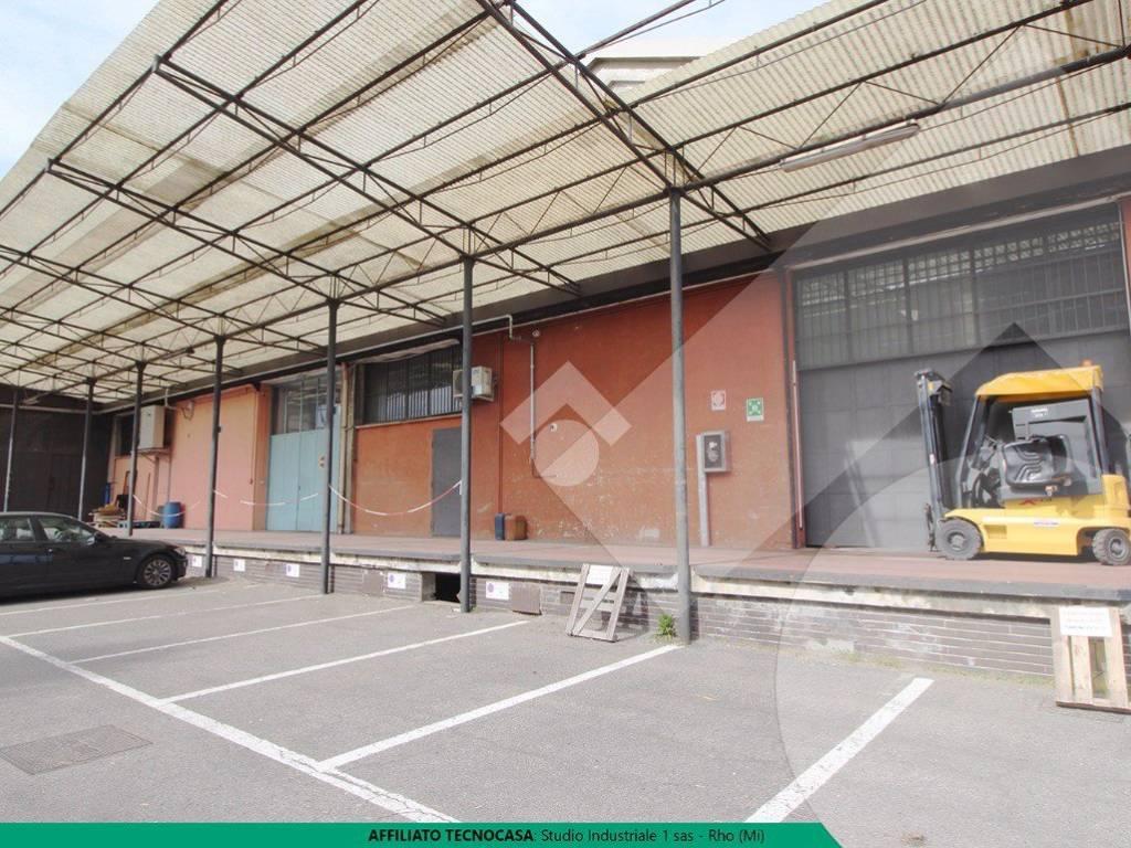foto Esterno capannone Capannone in Vendita