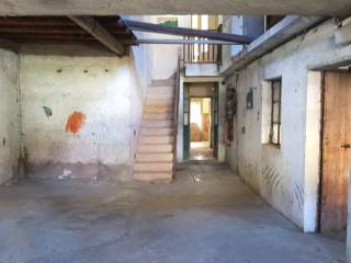 Photo - Detached house via Gazzaniga 1A, Gandino
