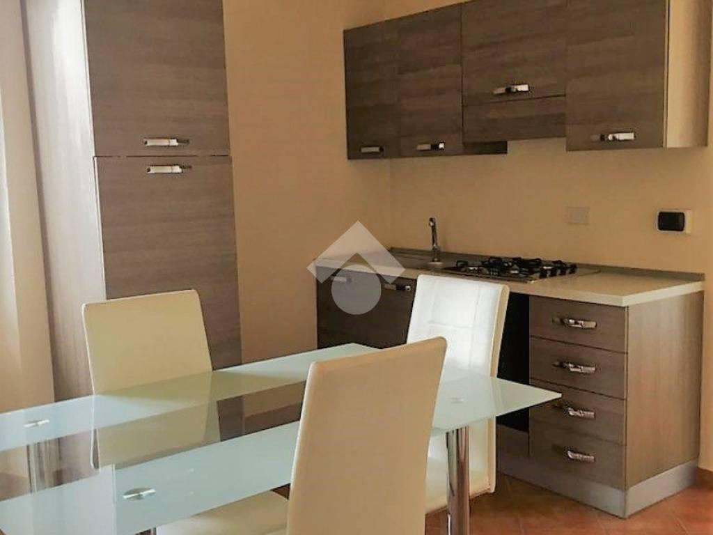foto cucina 4-room flat corso Re Umberto, Verzuolo