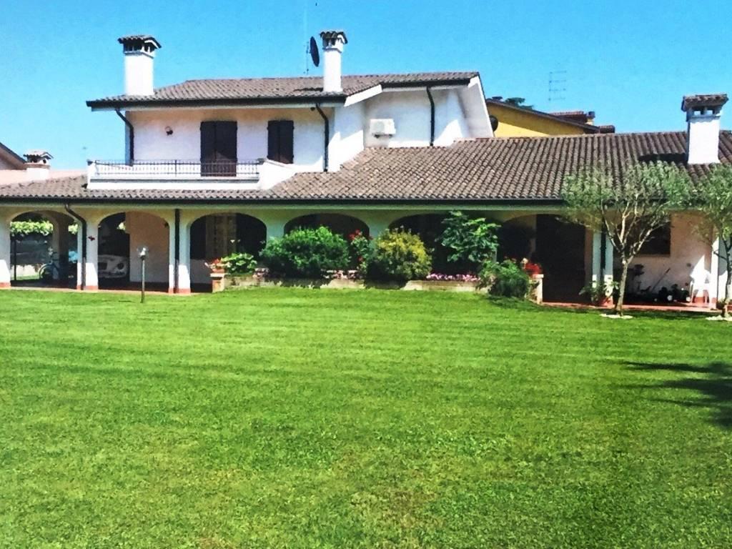 Agenzia Immobiliare Vigodarzere vendita villa unifamiliare vigodarzere. ottimo stato, posto