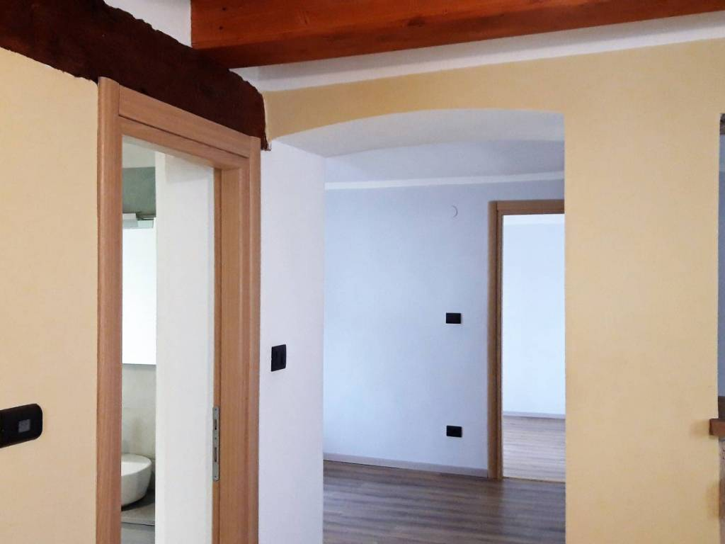 foto Open Space 3-room flat via San Donato, Demonte