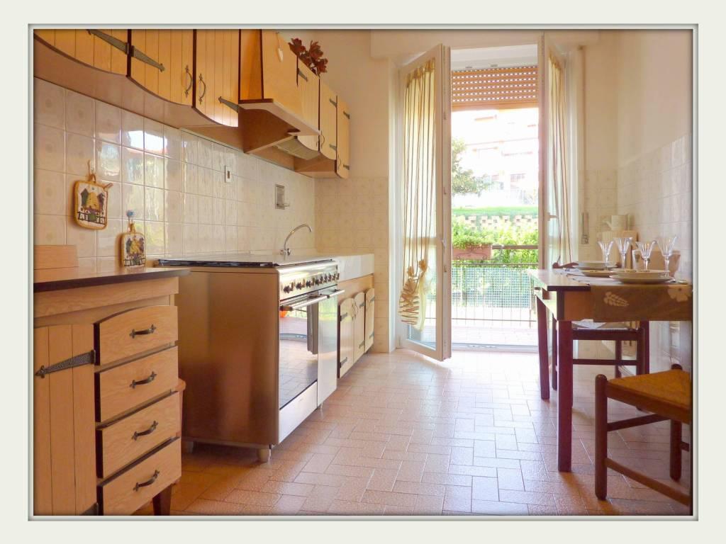 foto  3-room flat good condition, first floor, Oltrona di San Mamette