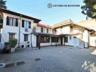 Photo - Building via Dante Alighieri 15, Cerro Maggiore