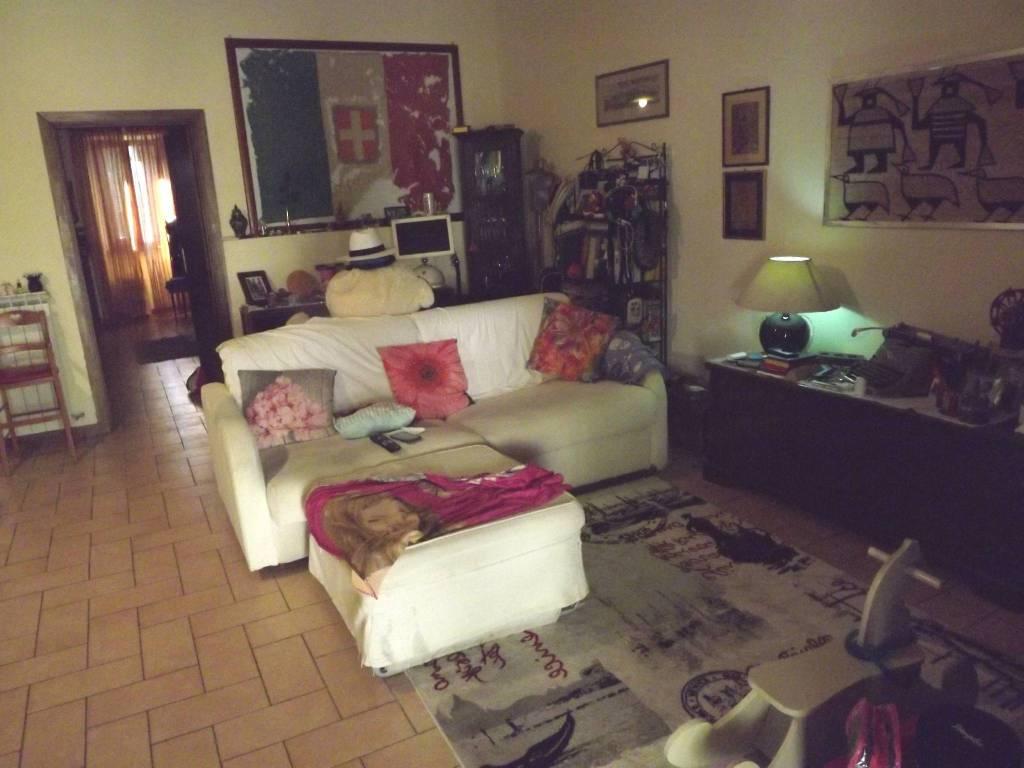 foto Sala Dreizimmerwohnung via Flaminia, Campello sul Clitunno