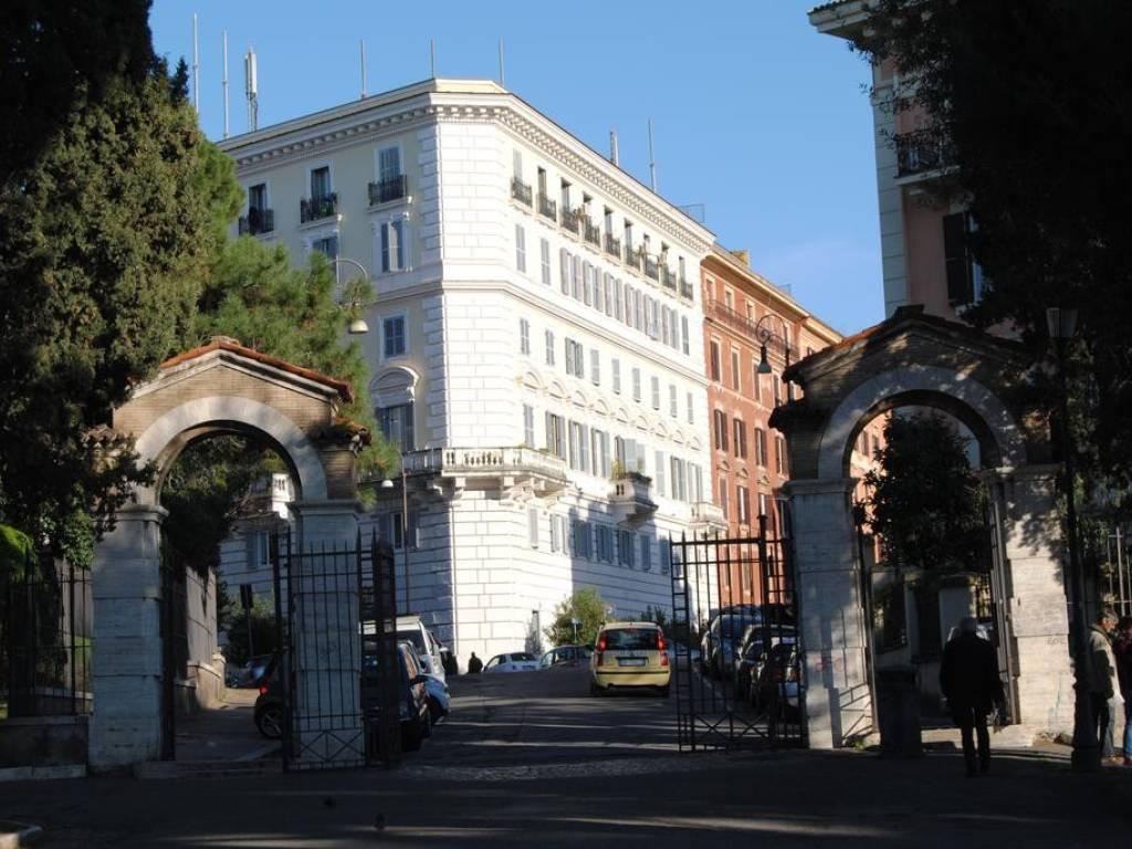 foto  Bilocale via Mecenate 3, Roma
