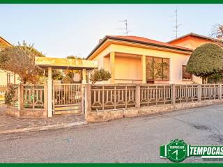 Foto - Villa unifamiliare via Rebaglia 21, Somma Lombardo