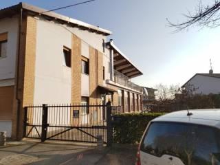 Photo - Building viale Guglielmo Marconi, Romano Canavese