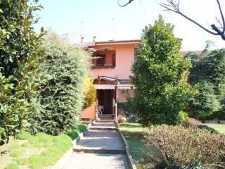 Photo - Terraced house via Papa Giovanni XXIII, Robbiate