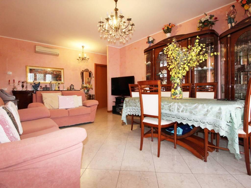 foto freedom 3-room flat via Camillo Benso di Cavour, San Giuliano Milanese