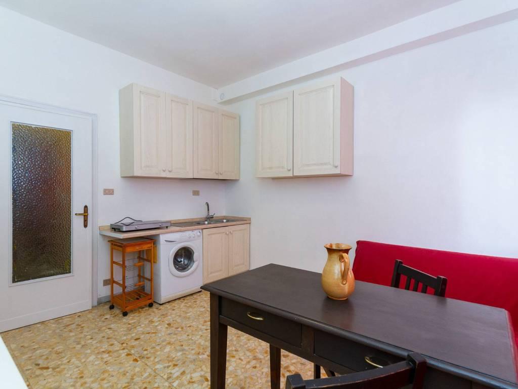 Vendita appartamento venaria reale monolocale in via aldo for Appartamento venaria