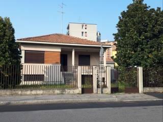 Foto - Villa unifamiliare via Felice Cavallotti 114, Triante, Monza