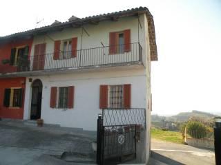 Foto - Casa indipendente via Magliano Alfieri 1, Castellinaldo d'Alba