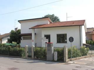 Foto - Villa unifamiliare via Milano, Malnate