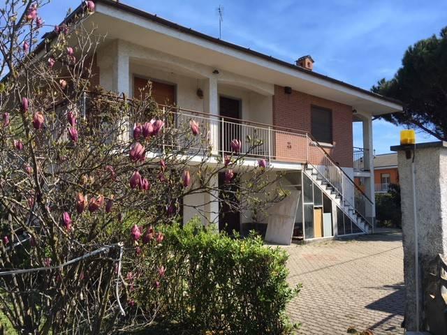 foto  Single family villa via Pinerolo 27-3, Frossasco