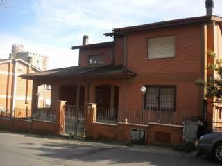 Photo - Building via Tiberina 14, Nazzano