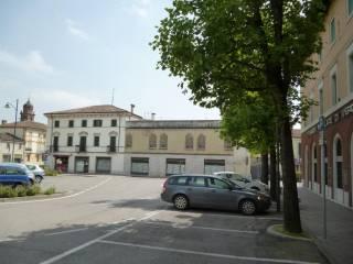 Foto - Quadrilocale piazza della Vittoria 17, Sanguinetto
