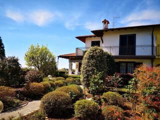 Foto - Villa unifamiliare, ottimo stato, 230 mq, Carnago