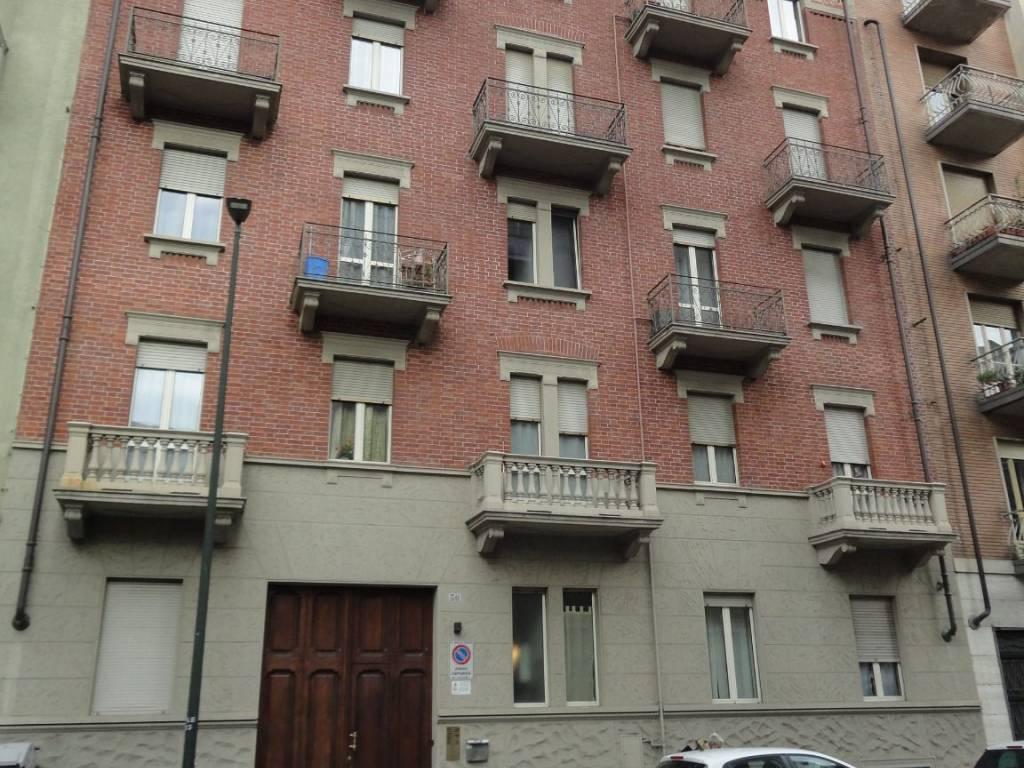foto STABILE Bilocale via Vittorio Asinari di Bernezzo 30, Torino