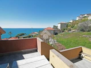 Foto - Appartamento via Bonfante, Piani, Cipressa