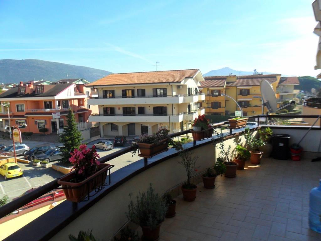 foto BALCONE Quadrilocale Località Luciani, Vitulazio