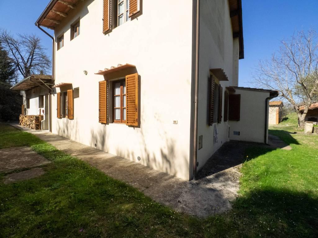foto 2 Farmhouse via di Lucente 6, Pelago
