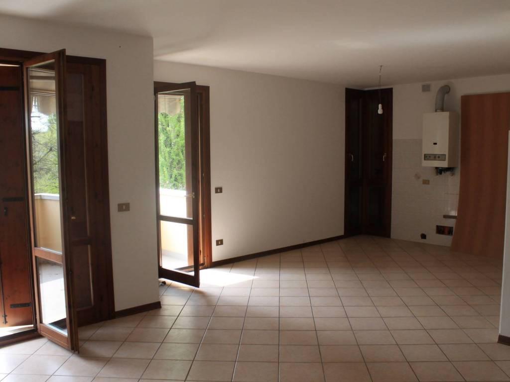 foto Zona giorno 4-room flat via Oderzo, Motta di Livenza