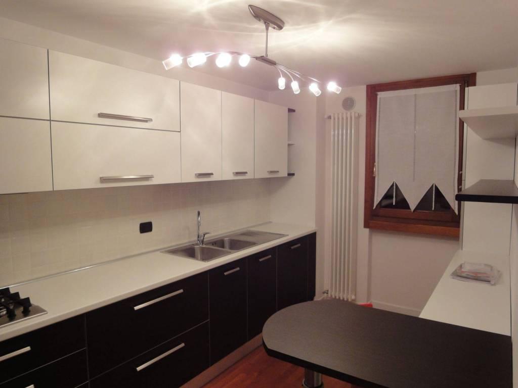 foto  4-room flat excellent condition, first floor, Montebelluna