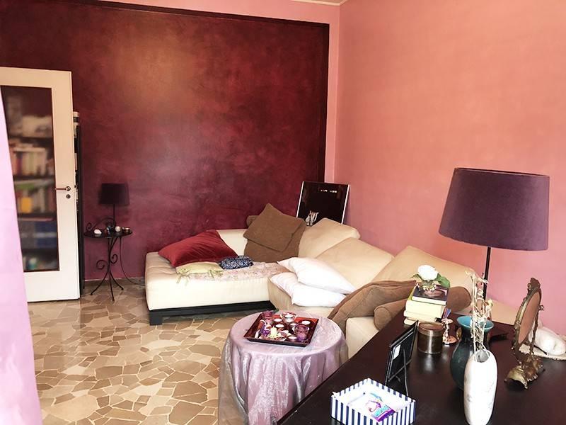 foto sala Trilocale via Vittorio Veneto, Rho
