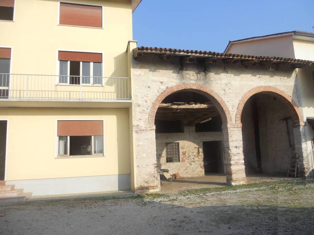 foto  Farmhouse 450 sq.m., Santorso