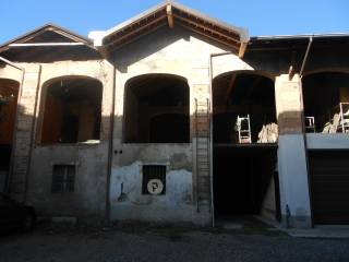 Photo - Country house piazza Giacomo Matteotti, Canegrate