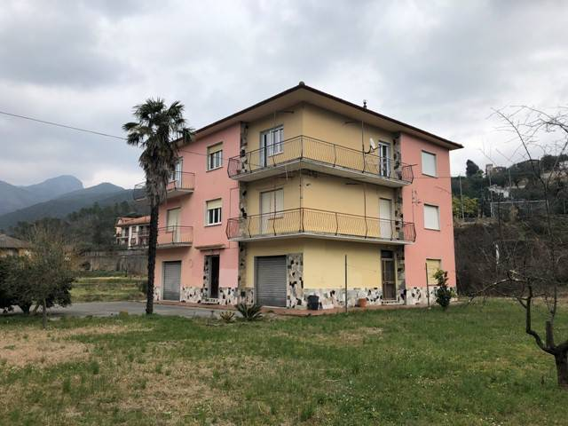 foto edificio Casa indipendente via Barletti 46, Casarza Ligure