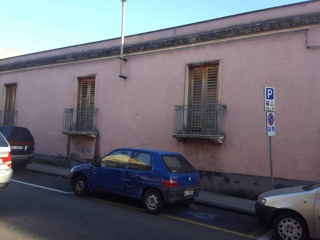 foto facciata Single family villa via Umberto 147, San Pietro Clarenza