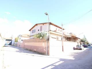 Foto - Casa indipendente via Cagliari, Casapesenna