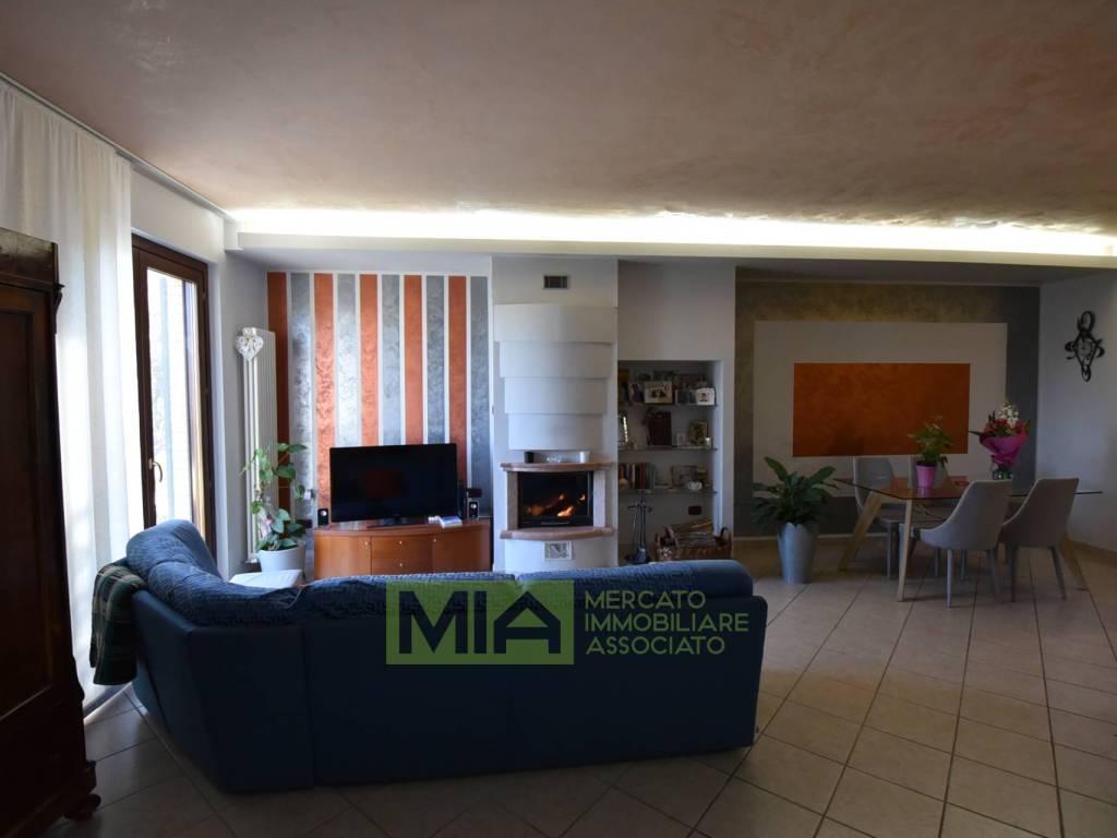 foto  Villa a schiera via de gasperi, 42, Servigliano