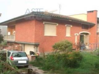 Foto - Villa all'asta frazione Rivalta, La Morra