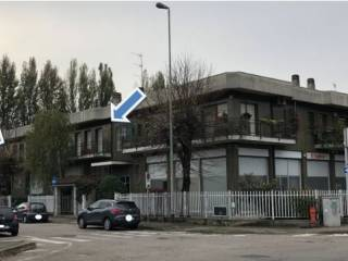 Foto - Ufficio all'asta via Michelangelo Buonarroti 14-16, Cesano Boscone