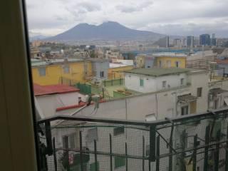Foto - Appartamento buono stato, quinto piano, San Carlo All'Arena, Napoli