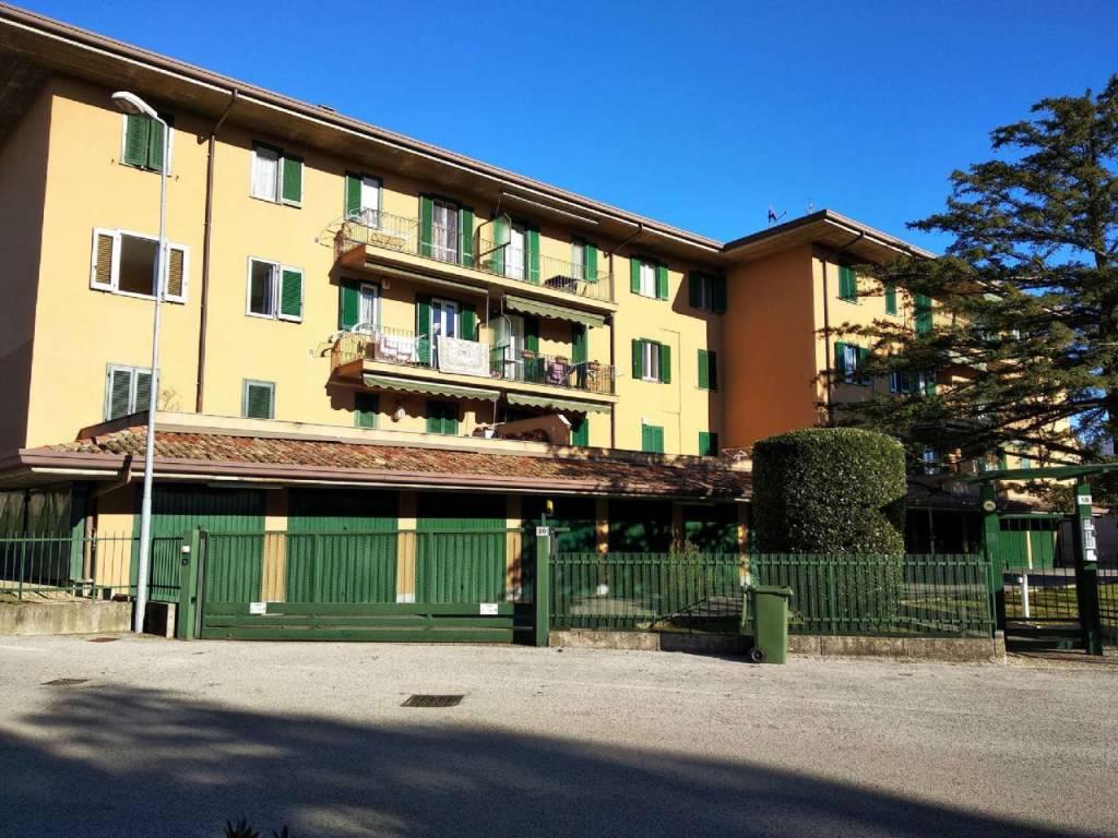 foto ESTERNO Trilocale piazza BUTTI, Garbagnate Monastero