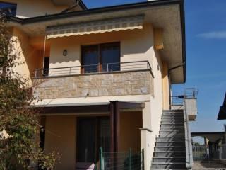 Photo - 4-room flat via Giacomo Puccini 7, Pognano