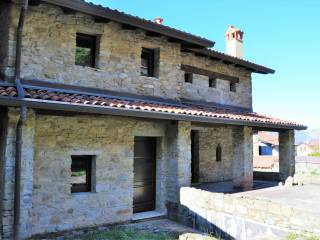 Foto - Villa unifamiliare vicolo Papa Giovanni Paolo II, Colle Brianza