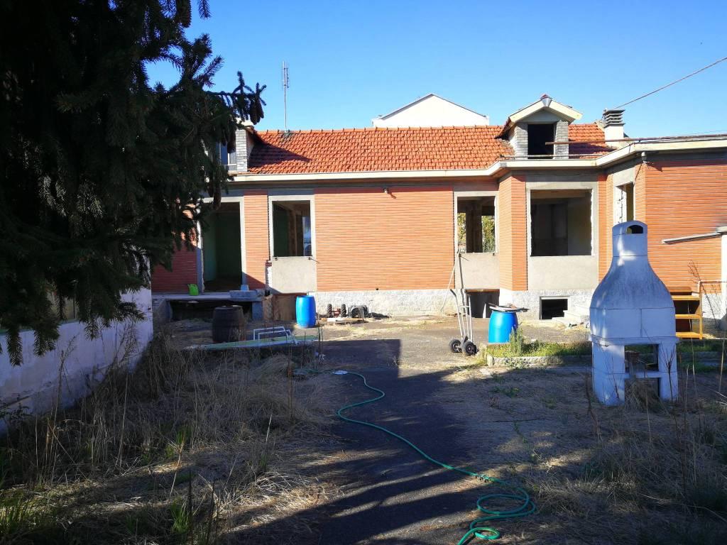 foto ESTERNO Villa unifamiliare via 25 Aprile 132, Nichelino